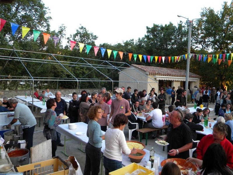 Soirée pâtes en 2010 organisé par le comité des fêtes de Peyroules